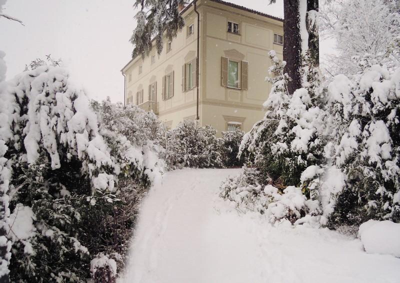 Una casa padronale trasformata in una villa prestigiosa - Giardini