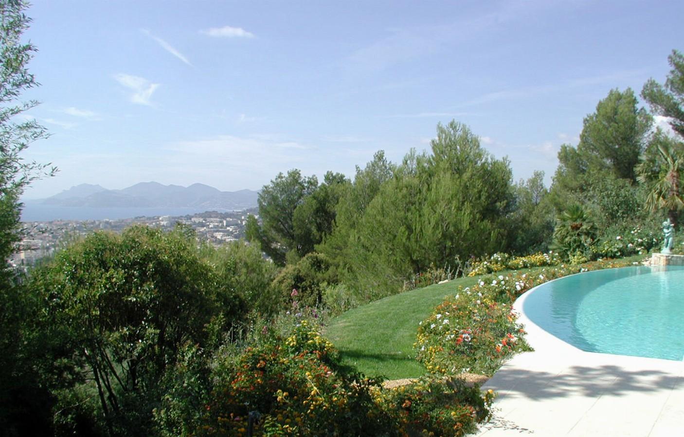 سحر البحر الأبيض المتوسط - الحدائق