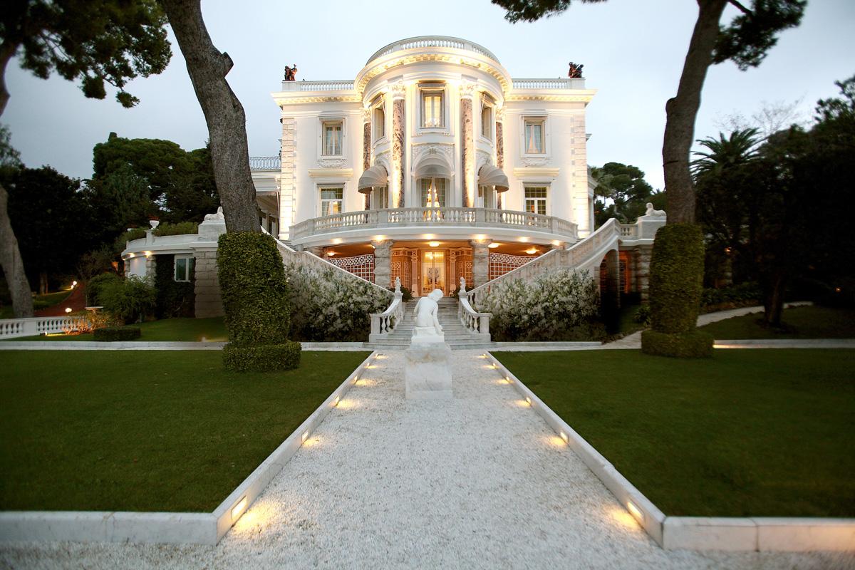 Villa trianon capriccio degli dei a cap martin green for Cap villa del conte