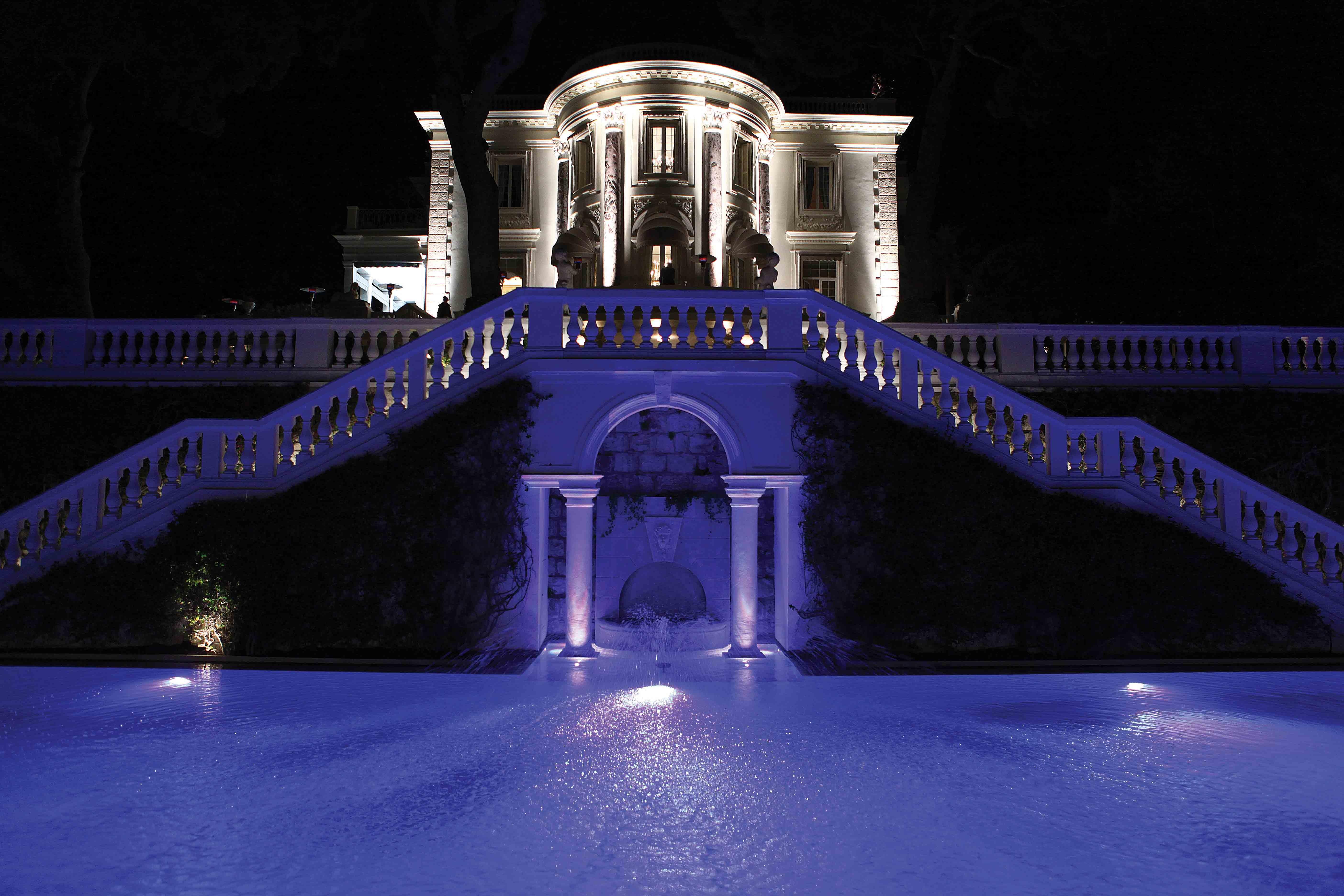 The swimming pool for Villa Trianon - БАССЕЙНЫ