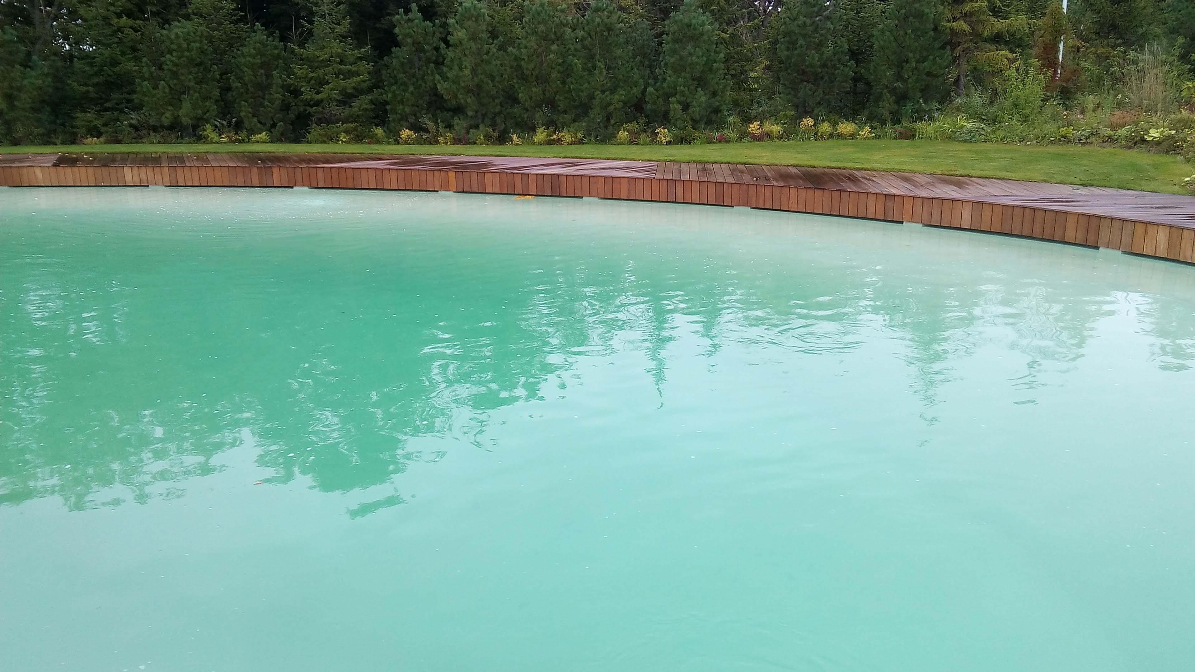Un corso d'acqua privato - Piscine