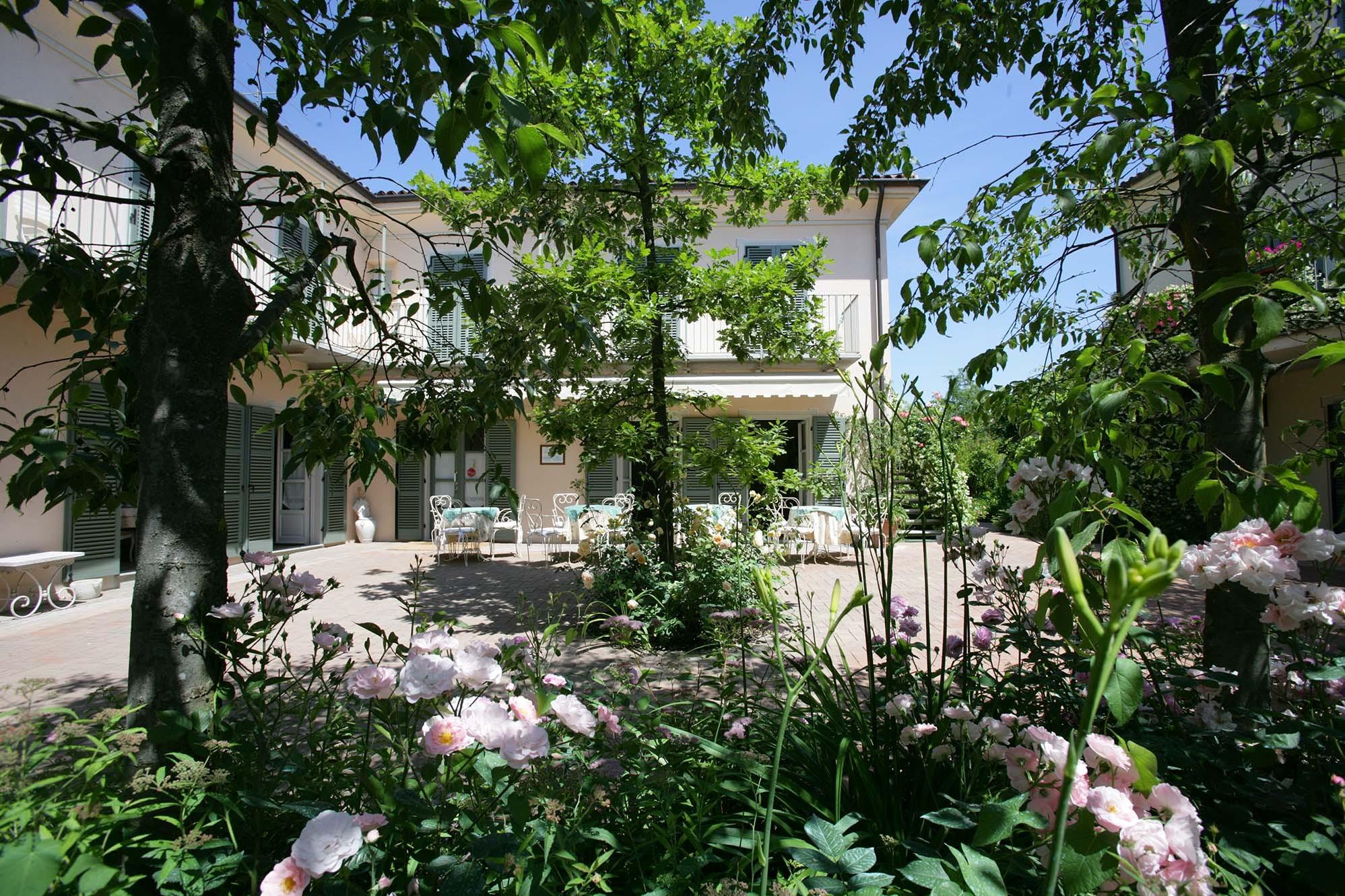 Hotel Relais il Borgo - Asti - Hotel, Resort e Spa