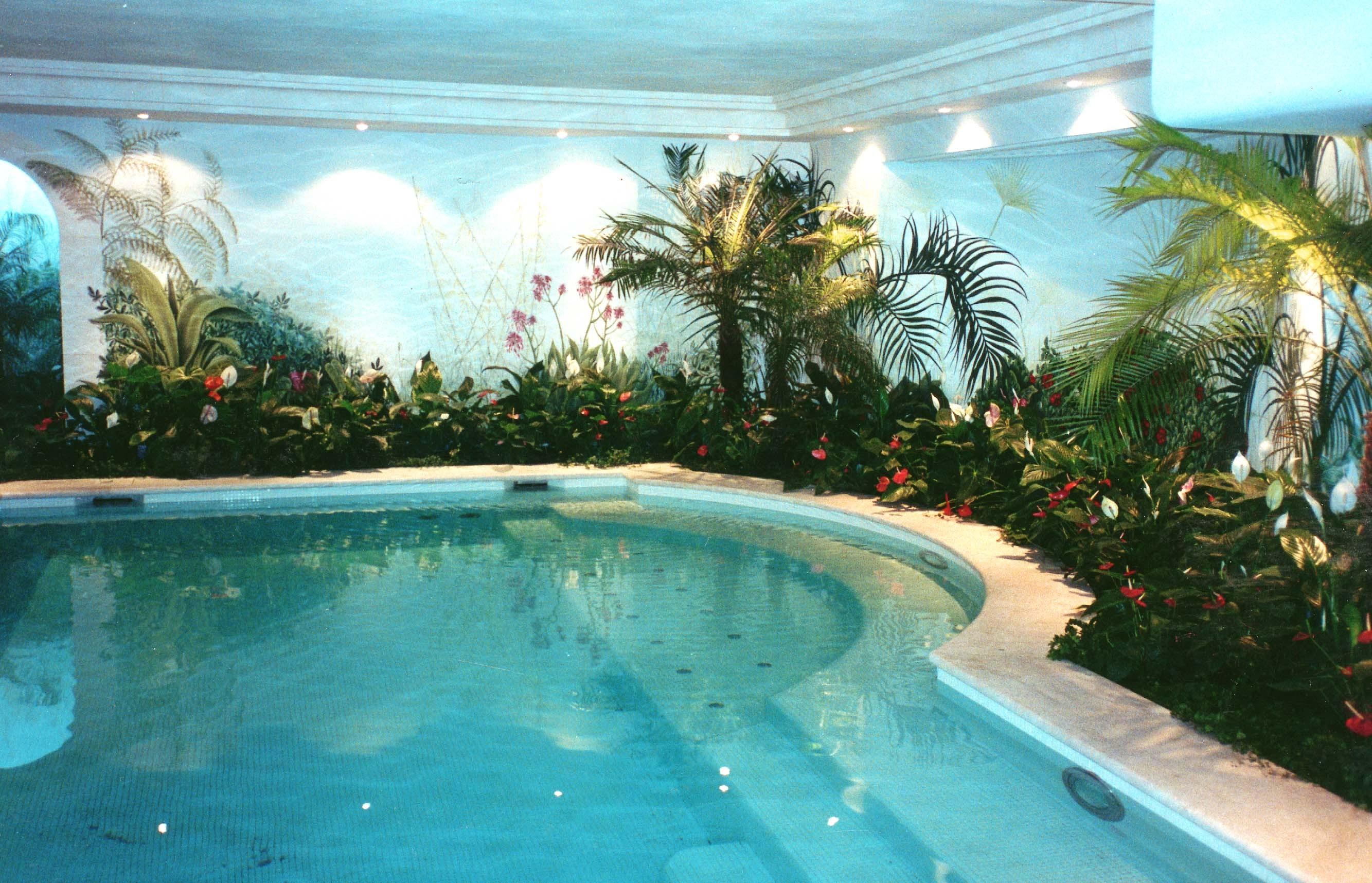 A secret oasis - استخر های شنا
