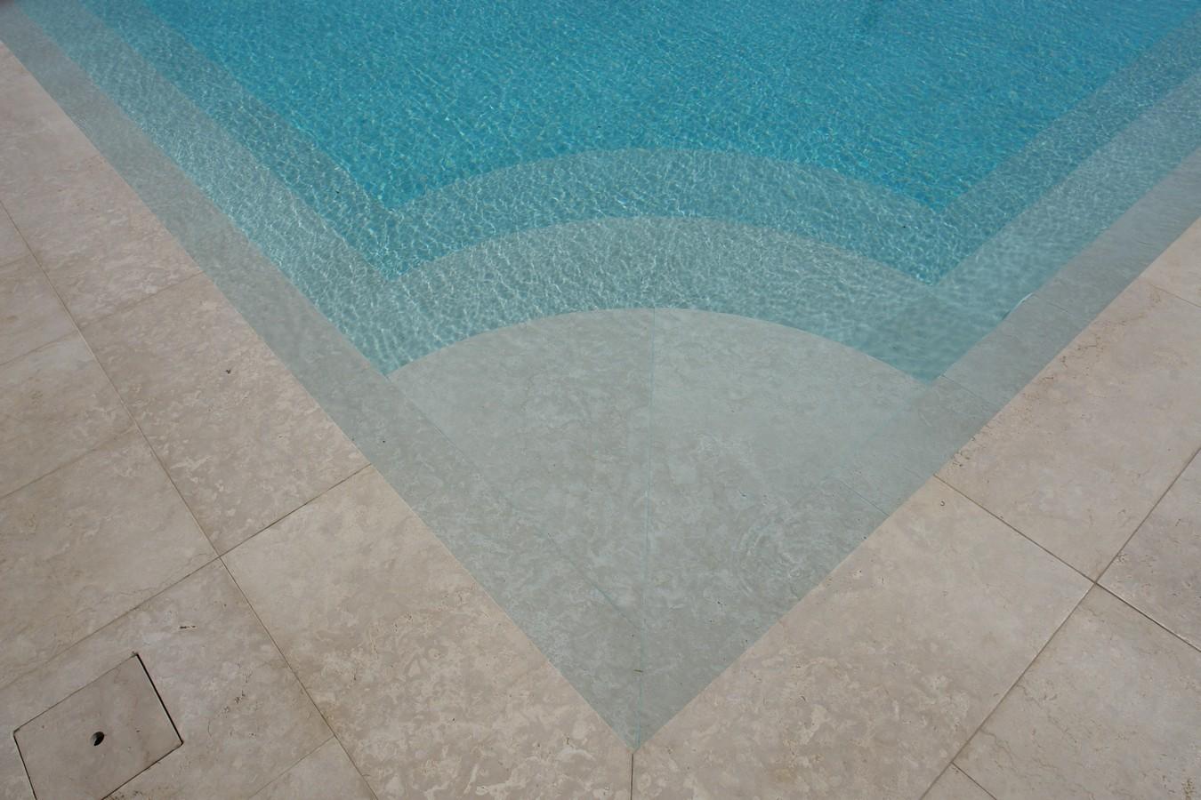 Simplicity and scenic effect  - استخر های شنا