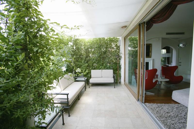 Terrace in Rome - تراس ها