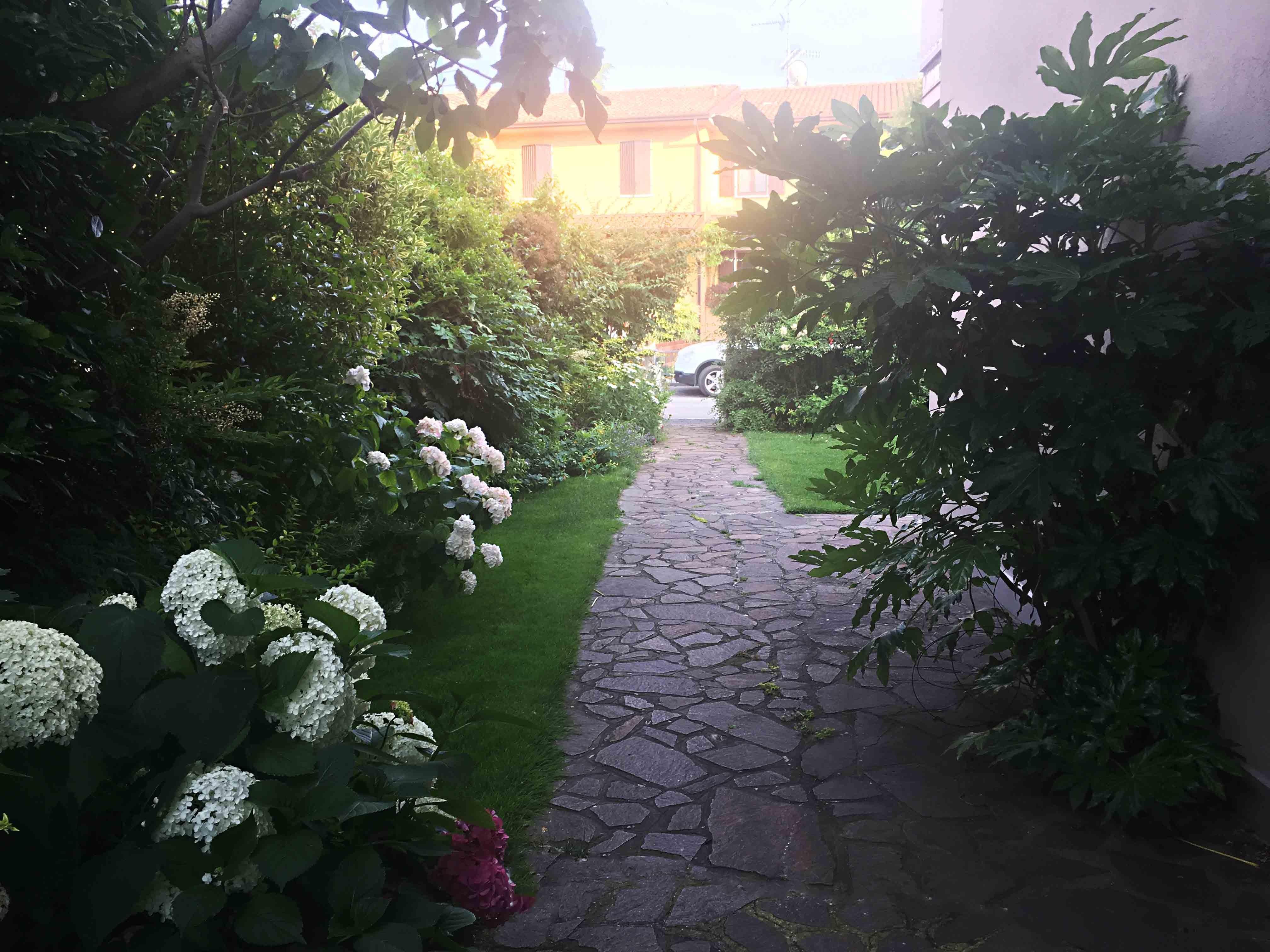 A little Italian jewel - باغ ها