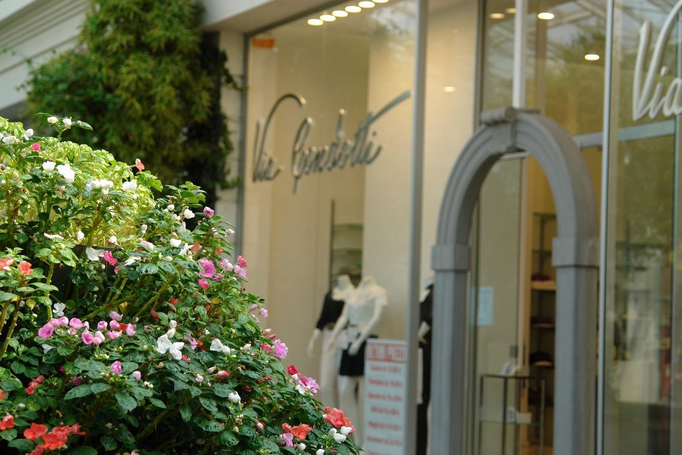 Le Vele - Shopping Mall - Desenzano del Garda - Italy - مراکز خرید