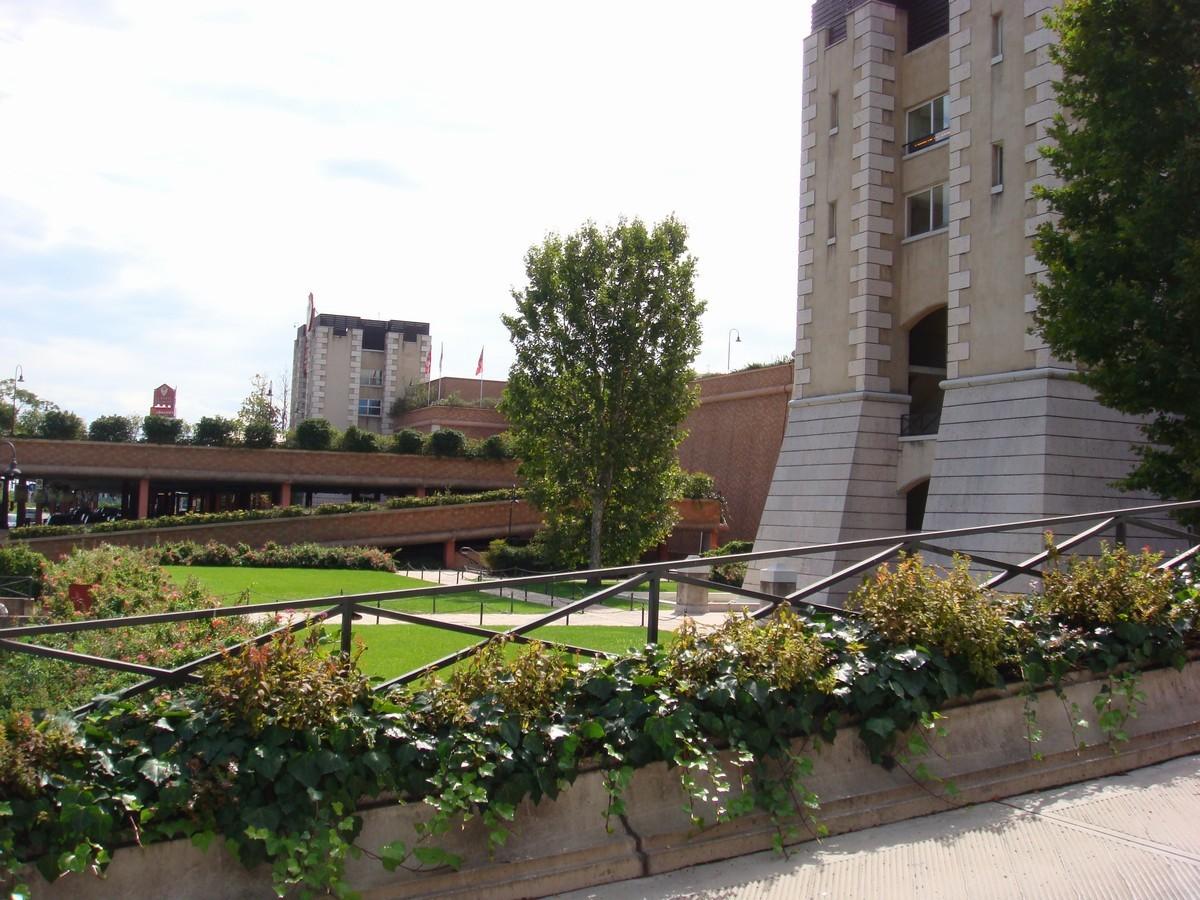 Porte Franche - Shopping Mall - Rovato - Italy - مراکز خرید