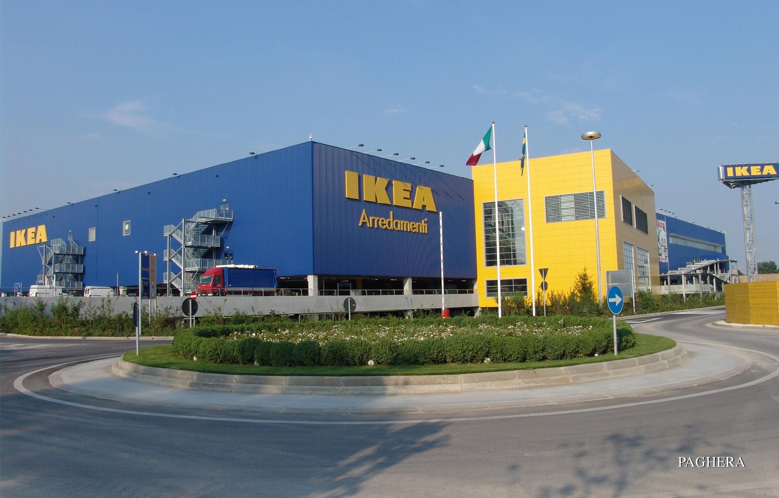 Ikea - Brescia - مراکز خرید