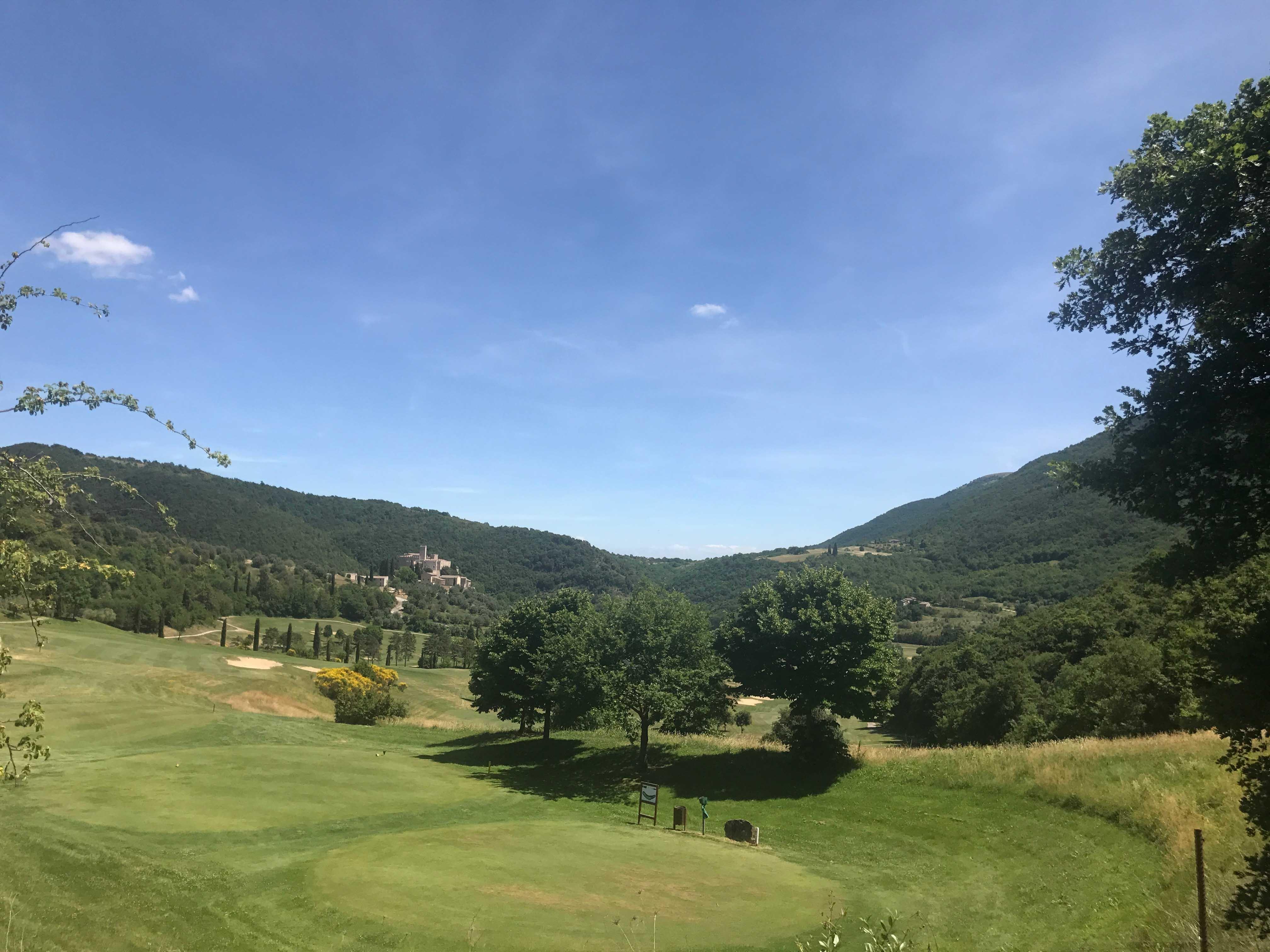 Golf Club Antognolla - الحدائق والمتنزهات العامة الخضراء