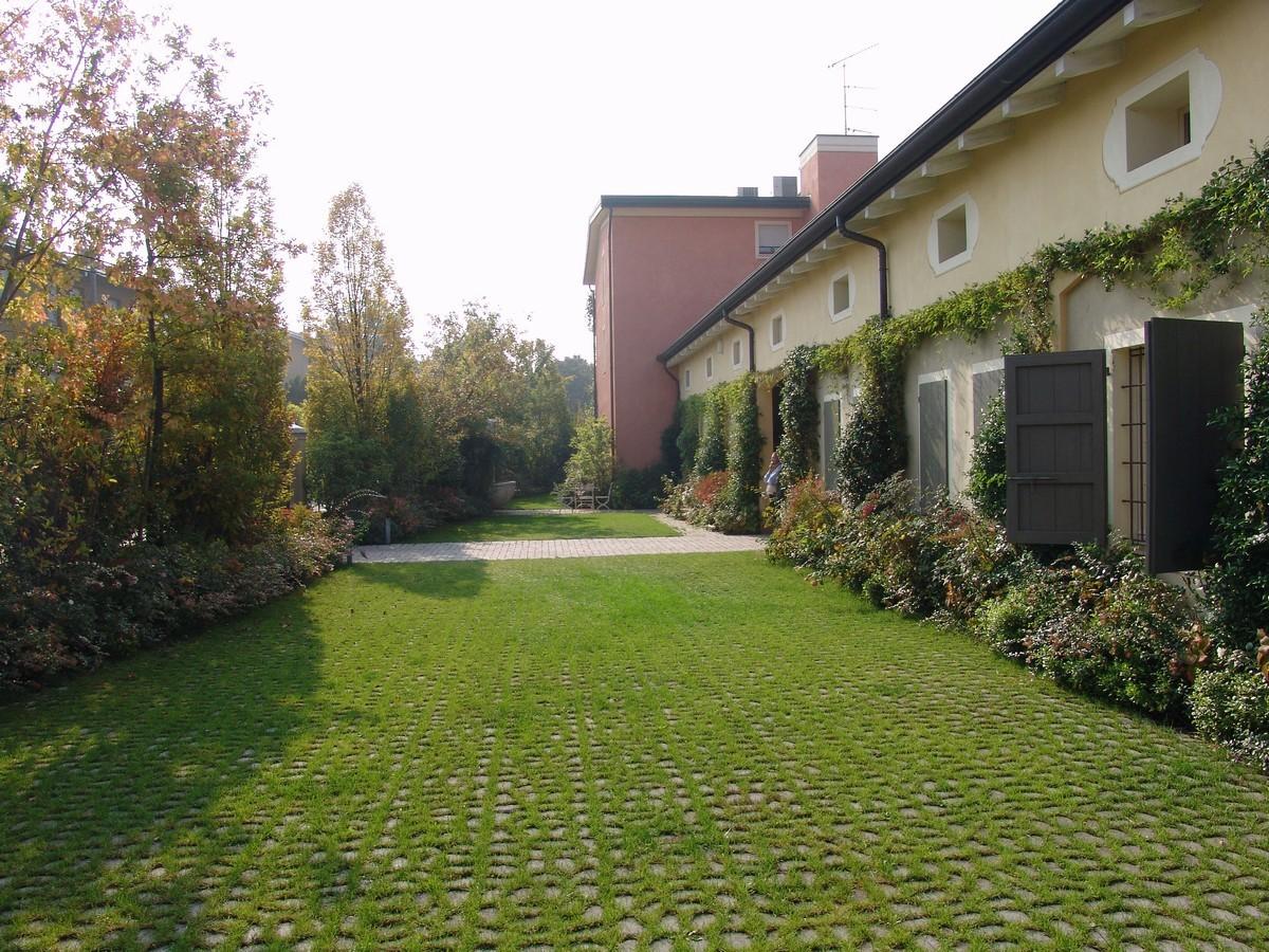 Privacy campestre nel cuore della citt giardini paghera for Paghera giardini