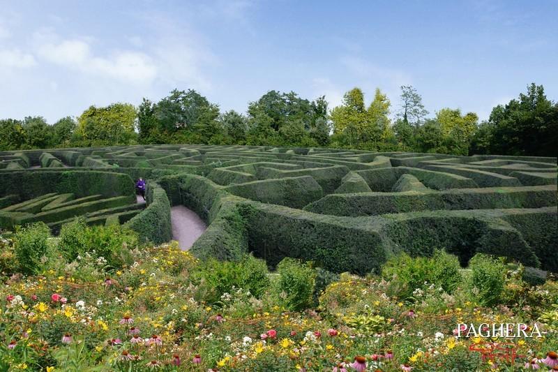 إنجاز لعمل صعب في مناخ شديد القسوة ولكن بتبني حلول مذهل [..] - الحدائق