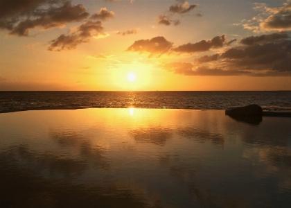 Tracadero, reflection of paradise