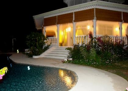La piscina di Villa Mahè
