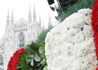 Concerto in Piazza Duomo Milan [..]