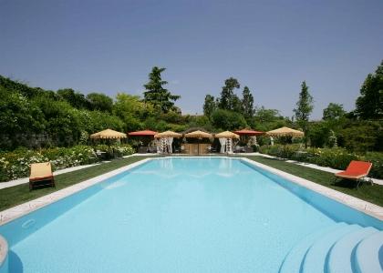 La piscina di Villa Amistà